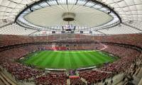 Cobertura do Estádio de Varsóvia do Euro 2012 deixa Entrar Água
