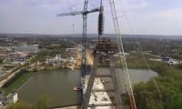 Construção do Pilar Central da Ponte de Rzeszowie sobre o Rio Wisłok