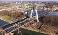 Construção do Tabuleiro da Ponte de Rzeszowie sobre o Rio Wisłok