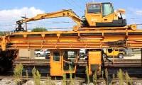 Máquina de Substituição de Travessas em Linha Ferroviária