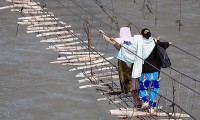 A Ponte Pedonal Mais Perigosa do Mundo
