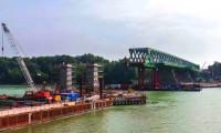 Reconstrução de ponte metálica em Bratislava