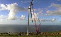 Construção de Turbina Eólica em 100 Segundos
